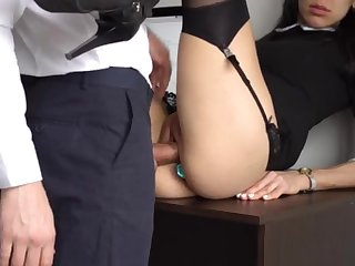 Ass Going to bed Internal Ejaculation For Gorgeous Super-Bitch Assistant, Chief Smashed The brush Cock-Squeezing Cooter And Culo!