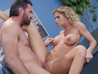 Jessa Rhodes tries dank sex in advance office