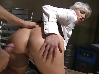 Short haired blonde waitress Katy Sweet gets her asshole fucked
